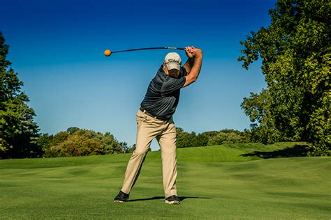 basic golf swing 5 beautifully basic golf swing tips every player should