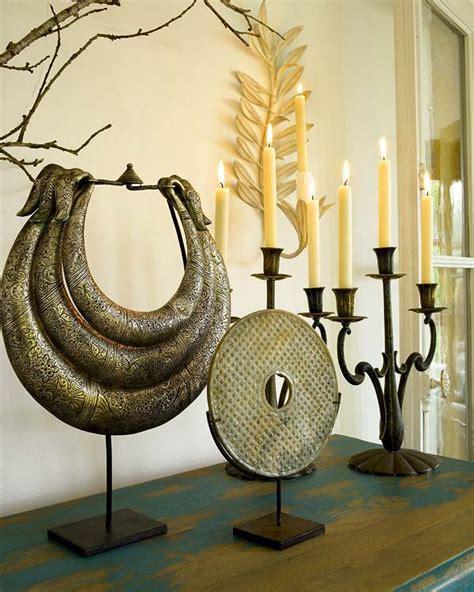 candelabros bañados en plata velas en grupo para un resultado chic ideas para decorar