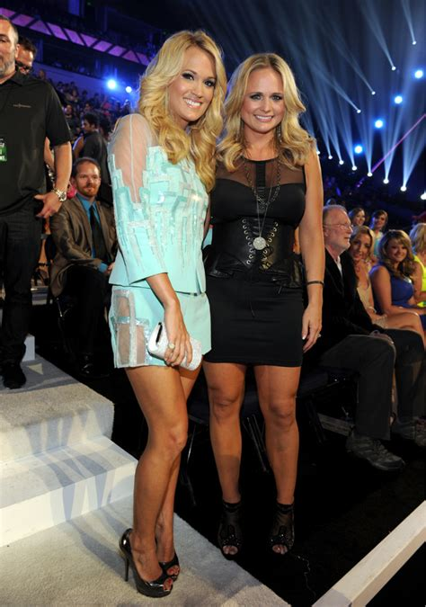 carrie underwood and miranda lambert cmt awards 2013 ceremony and backstage digital spy