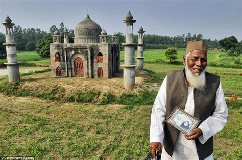 biography of taj mahal in hindi indian pensioner builds replica of the taj mahal in his