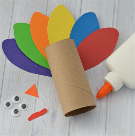 Turkey Toilet Paper Roll Craft - thanksgiving crafts with toilet paper rolls 100 images