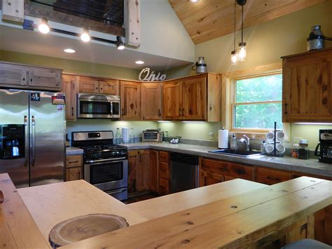 Amish Made Kitchen Cabinets by Ellicottville Chalet Photos Lofty Mountain Homes