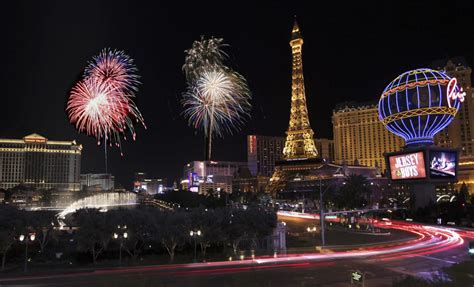 new year celebration las vegas travel zoom pro highlights new year s celebrations in las