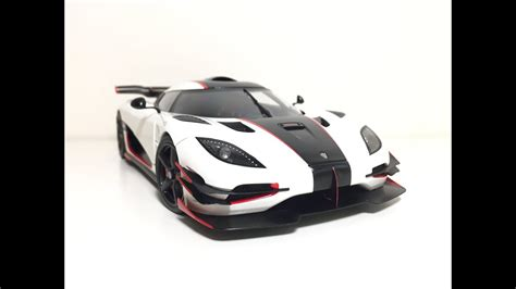 white koenigsegg one 1 1 18 autoart koenigsegg one 1 pebble white 79016