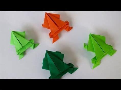 Jumping Frog Origami - origami jumping frog rana saltarina folded paper and
