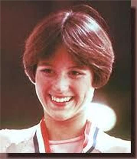 short wedge haircuts of the 70 s 1000 ideas about dorothy hamill on pinterest tonya