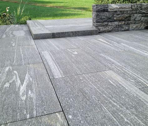 Bodenplatten Garten Verlegen cabana aus granit atlas natursteine mechernich