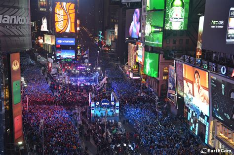 times square bathrooms new years eve travel the globe for the final countdown to 2015 with