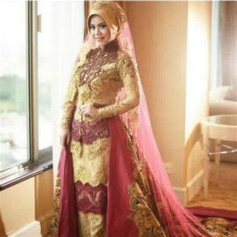 Kebaya Pengantin Berekor 29 inspirasi busana pengantin berhijab modern ini meskipun