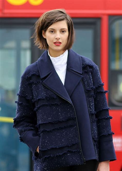 ways to dress my hair chin leingth swingy and always modern a bob makes your hair look