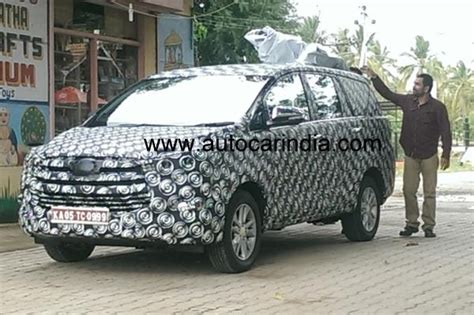 New Innova Size Xl upcoming 2016 toyota innova spied again motoroids