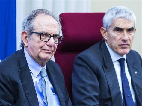 colloqui banche padoan 171 mai autorizzati i ministri ad avere colloqui su
