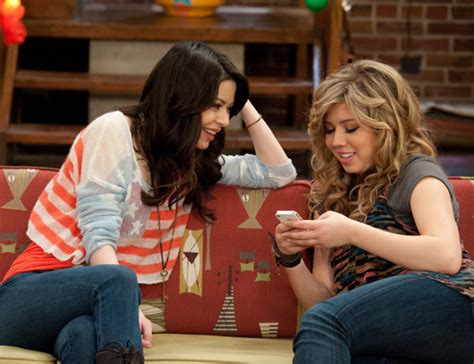 icarly cast and crew icarly full cast and crew the icarly cast getting pranky