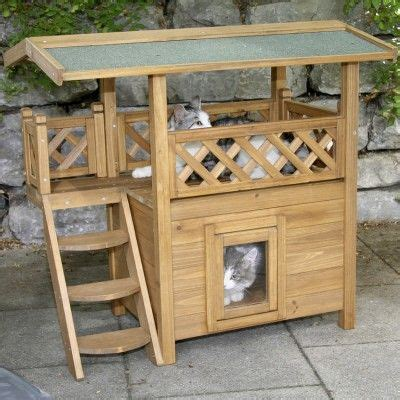 outdoor cat house for winter here we go get to building paul love my kittens