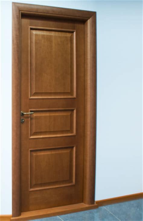 ingrosso porte porte infissi ingrosso produzione porte e finestre in