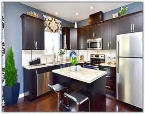 refinishing kitchen cabinets refinish kitchen cabinets quicua