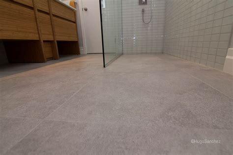 Tileable linear drain   Céramiques Hugo Sanchez Inc