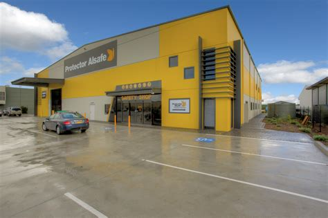 newcastle warehouse newcastle warehouse sold for 2 675 million