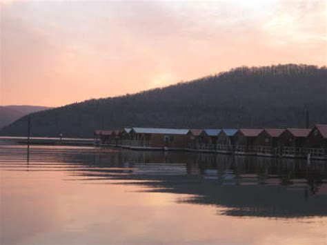 Floating Cabins In Tennessee by Hales Bar Marina And Resort On Nickajack Lake Tennessee