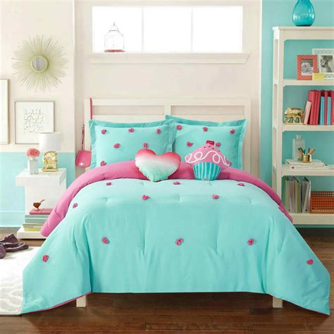 light blue girls bedding and light blue room decoration teen bedroom window