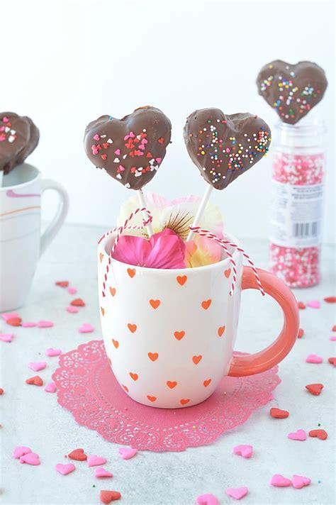 heart shaped cake lollies kid friendly valentine cake pops cake pops
