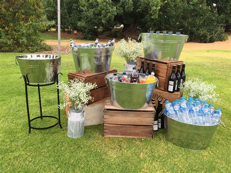 Outdoor Wedding Decor by Drinks Station Idea For An Outdoor Wedding