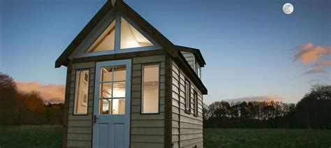 buy tiny house australia buy tiny house uk 28 images 6 tiny homes 50 000 you can buy right now 84 lumber