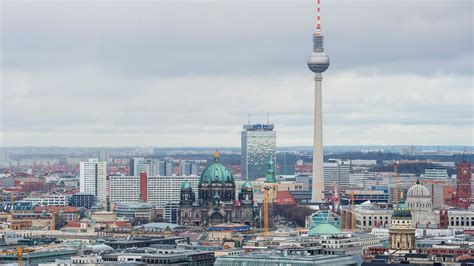Free Mba Berlin by How Brexit Could Help Berlin Take S Fintech Crown