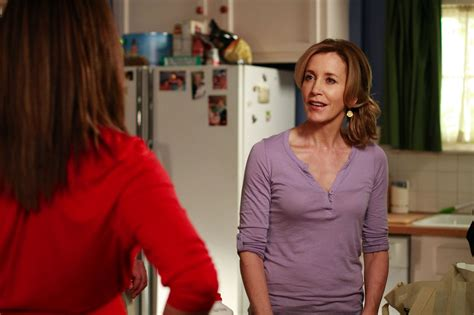 house desperate housewives photo 5853816 fanpop desperate housewives felicity huffman photo 32299375