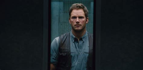 quills movie gif the 6 best gif moments from the jurassic world trailer