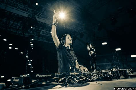 alesso album alesso s album set to release early 2015 t h e music