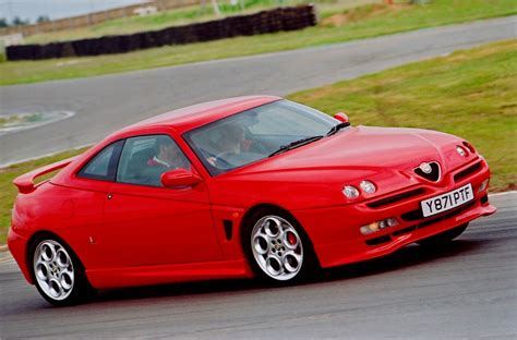 alfa romeo gtv drivers generation cult driving perfection alfa gtv cup