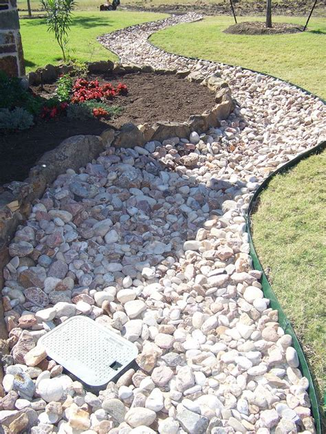 best 20 river rock landscaping ideas on river