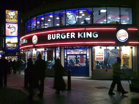 Home Design Stores Chicago by A Rapidly Growing Fast Food Chain News From Spain Megafon