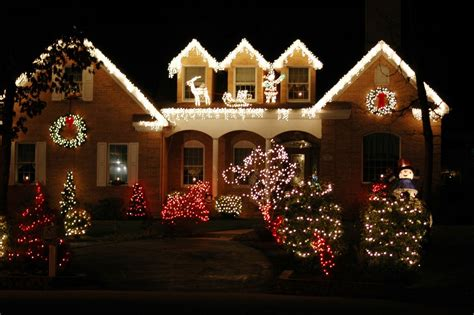decorated homes pictures shock austin city council votes to ban christmas decorations