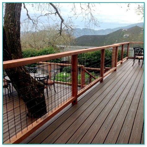 Hog Panel Deck Railing by Hog Fence Deck Railing