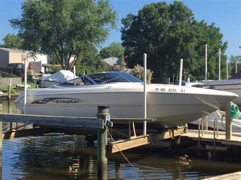 stingray boats for sale in maryland 2000 stingray 220sx powerboat for sale in maryland