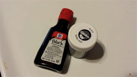 what food colors make black chemknits breaking black food coloring wilton vs mccormick