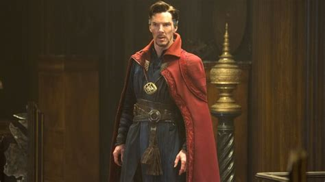 movies showing now naples 44 by benedict cumberbatch dr strange bendict cumberbatch and marvel movie stardom rolling stone