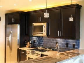 Kitchen Cabinet Color Ideas For Small Kitchens by Color Combinations For Kitchen Room Decorating Ideas