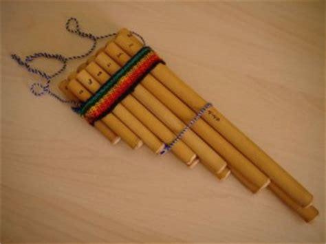 imagenes de instrumentos musicales hechos a mano instrumentos de viento artesanias