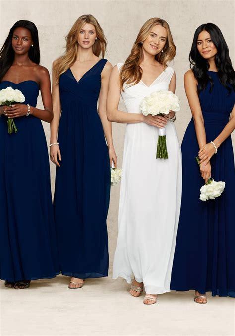 robes bleu marine pour les demoiselles d honneur avec