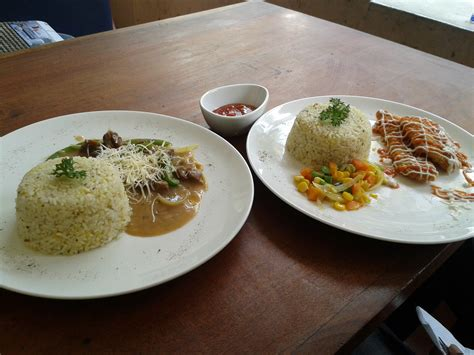 Meja Makan Bandung makan makan bandung eat with