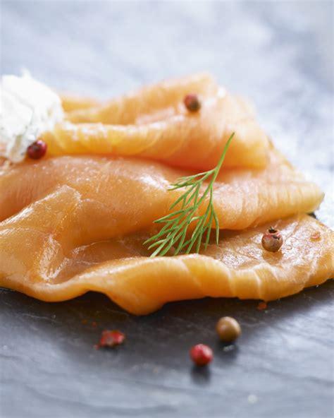 fum馥 liquide cuisine saumon fum 233 farci pour 4 personnes recettes 224 table