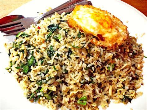 Membuat Nasi Goreng Sederhana Tapi Lezat | cara membuat nasi goreng mafia bandung spesial lezat