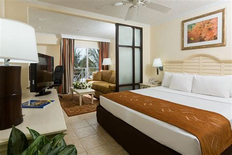 comfort inn suite comfort suites paradise island 2017 room prices deals
