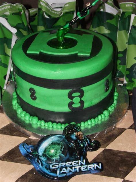 1000 ideas about green lantern cake on trek cake cakes and superman cakes
