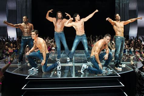 review magic mike xxl a magic mike xxl reviews what are the critics saying ew com