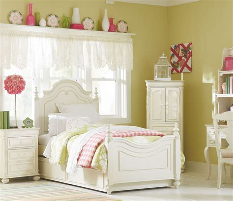bedroom sets charlotte nc charlotte youth low poster bedroom set from legacy kids