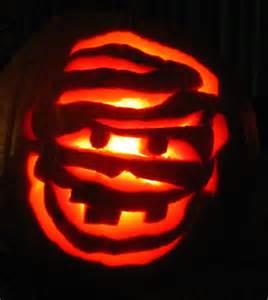 day 29 pumpkin carving b movie star